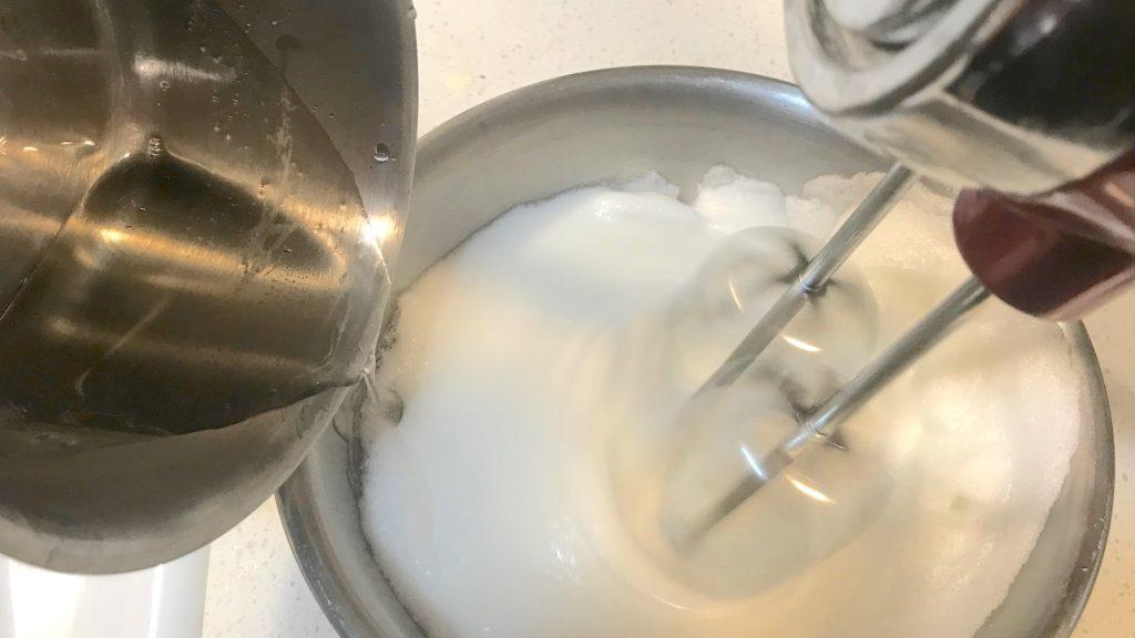 mixing-sugar-syrup-with-meringue