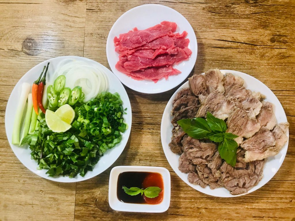 Authentic-beef-pho_preparation